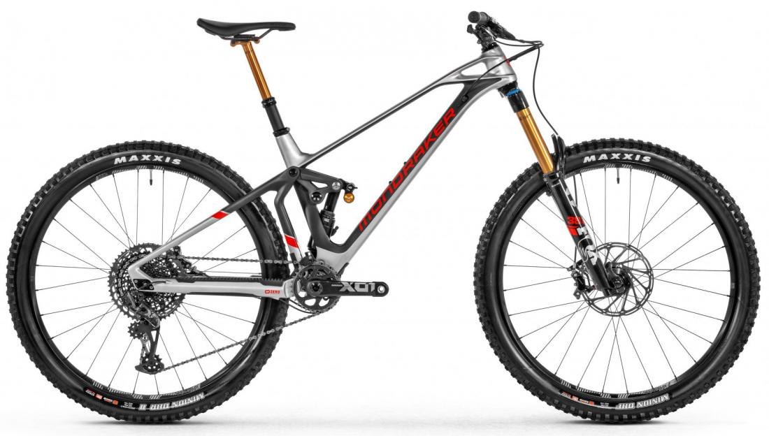 Superfoxy Carbon RR, silver/carbon/red, 2021